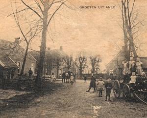 Anloo,hoek Brinkstraat-Annerweg.jpg