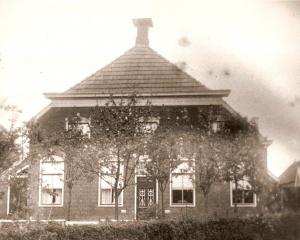Boelens,Boerderij Annerweg 4 (Boelens,Boerma,Staal) gebouwd in 1915.jpg