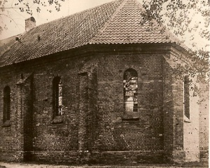 Kerk Anloo achterzijde.jpg