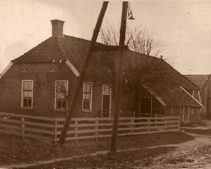 Stenveld ,boerderij Geert Stenveld , later Jan Kors en Harmtje Stenveld.jpg