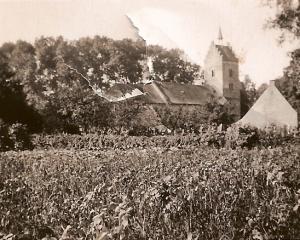 Anloo ,gezicht  op de kerk vanaf Espattie.jpg