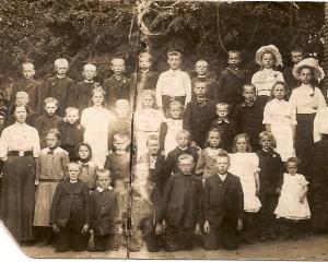 Schoolfoto 1912.jpg