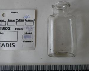medicijn flesje 4.JPG