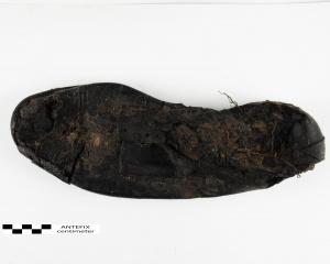 zwarte schoen.jpg